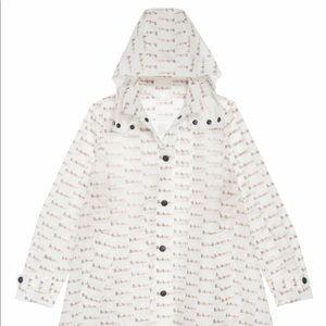 Burberry raincoat in perfect condition